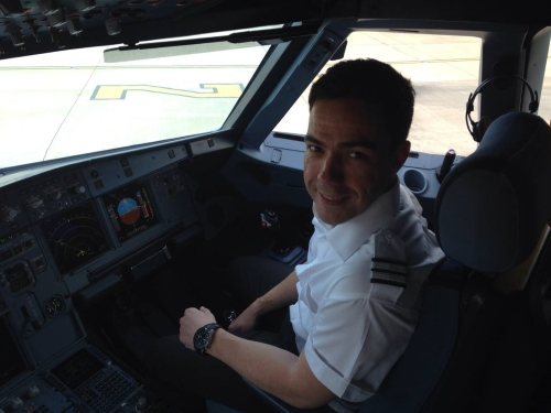 interview with paul whittingham  a320 first officer at